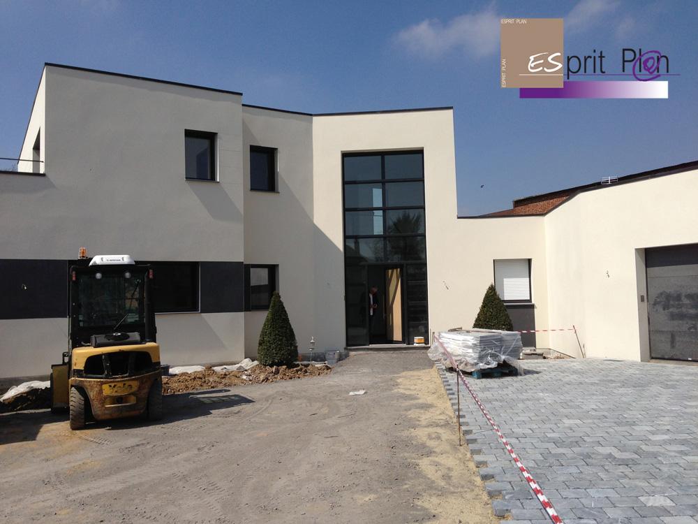 Realisations maison extensions renovations sur arras lille et nord pas de calais modele - Luminaire entree maison ...